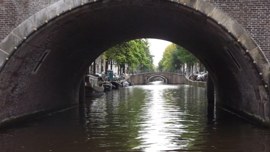 Túnel fluvial
