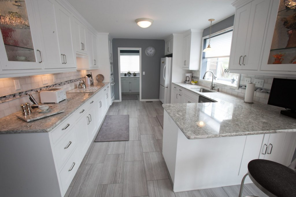 Transitional Kitchen Callier And Thompson