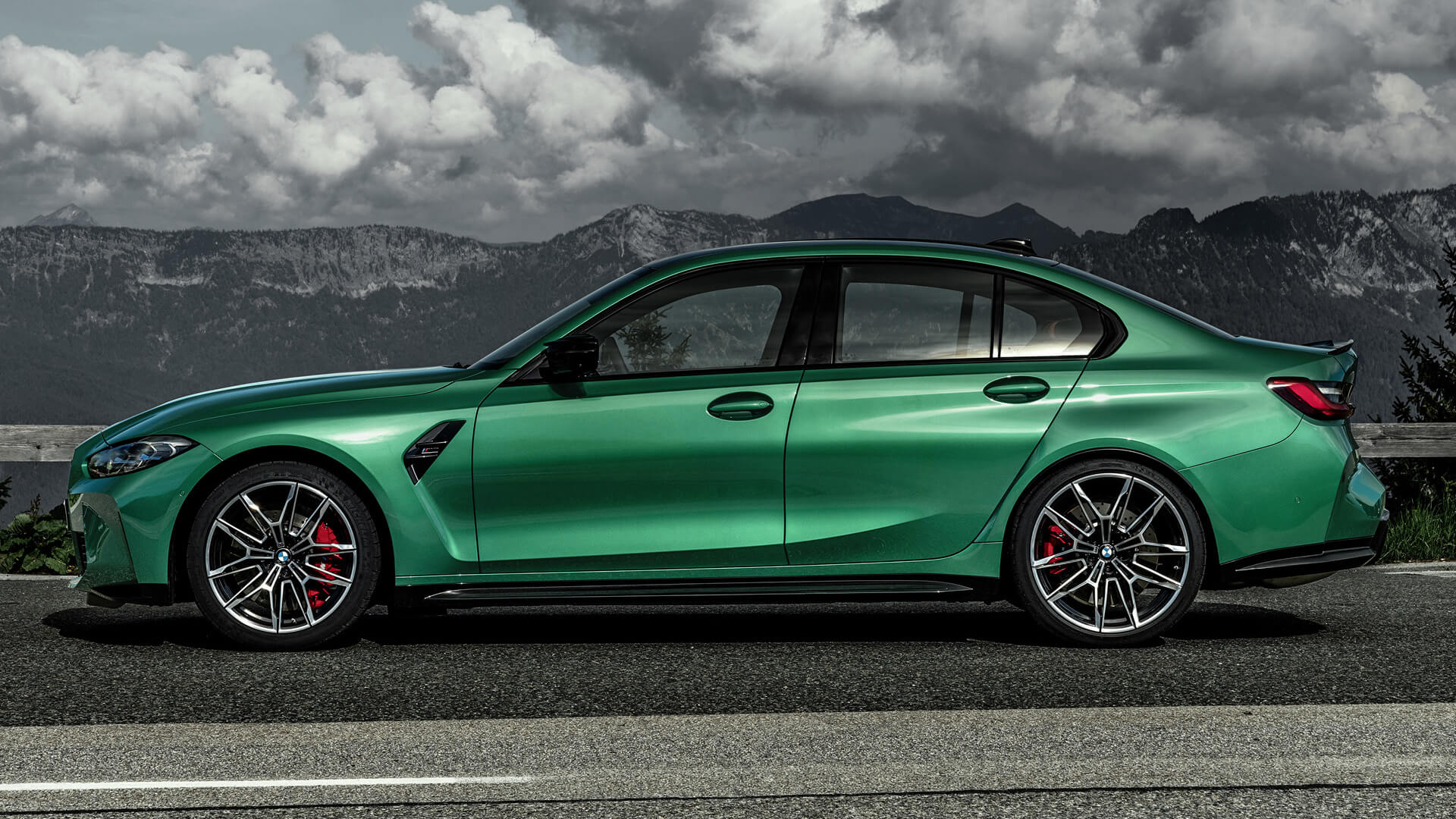 bmw m3 competition features photos
