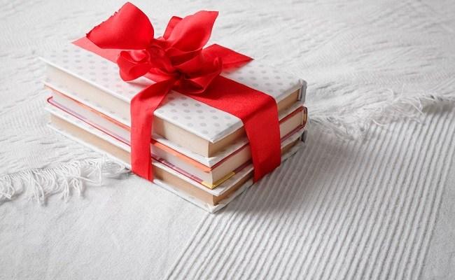 Carti de oferit cadou femeilor din viata ta