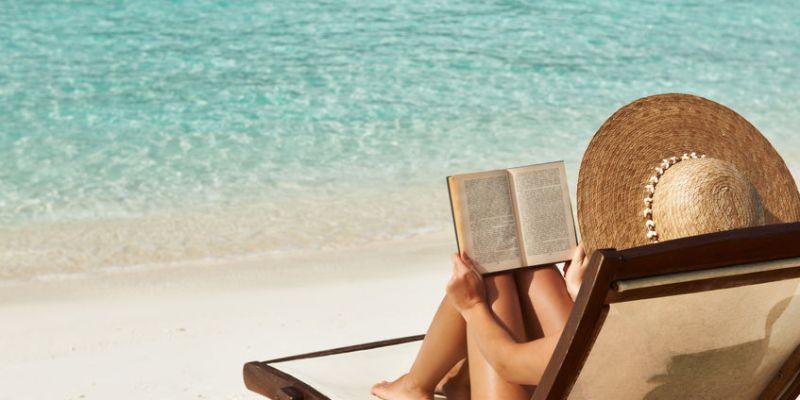 Top 10 carti de citit pe plaja