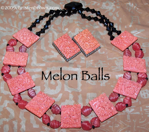 Melon Balls Vintage Necklace and Earrings