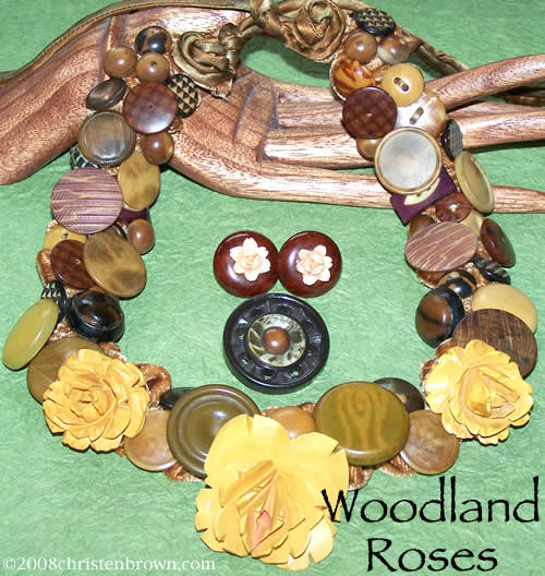 Woodland Roses- necklace