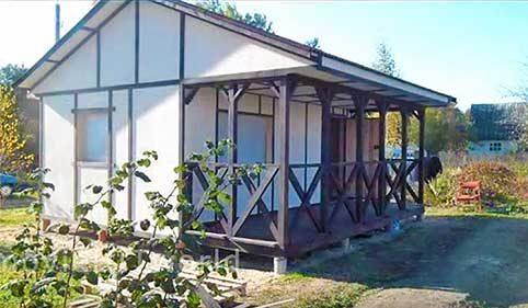 Простой дачный домик на лето