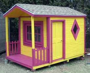 Деревянный домик из поддонов