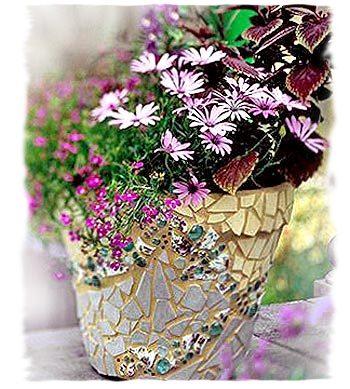 Цветочный горшок с мозаикой