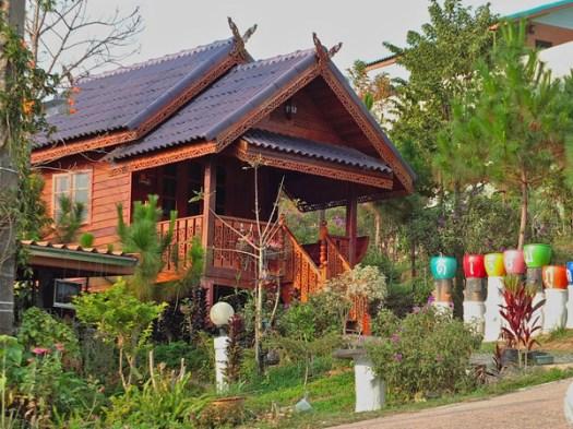 красивые деревянные дачные дома