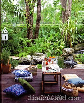 Летняя деревянная терраса