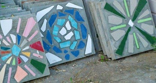 Плитка с мозаикой для дорожек