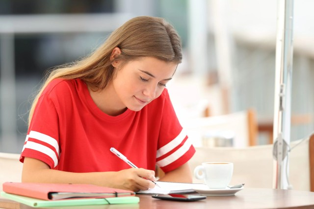 how-to-write-and-review-essay - Oxford Learning