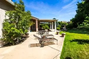 how much does a concrete patio cost