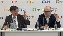 Předseda Rady České televize Jan Bednář (vlevo) a její místopředseda Jaroslav Dědič.