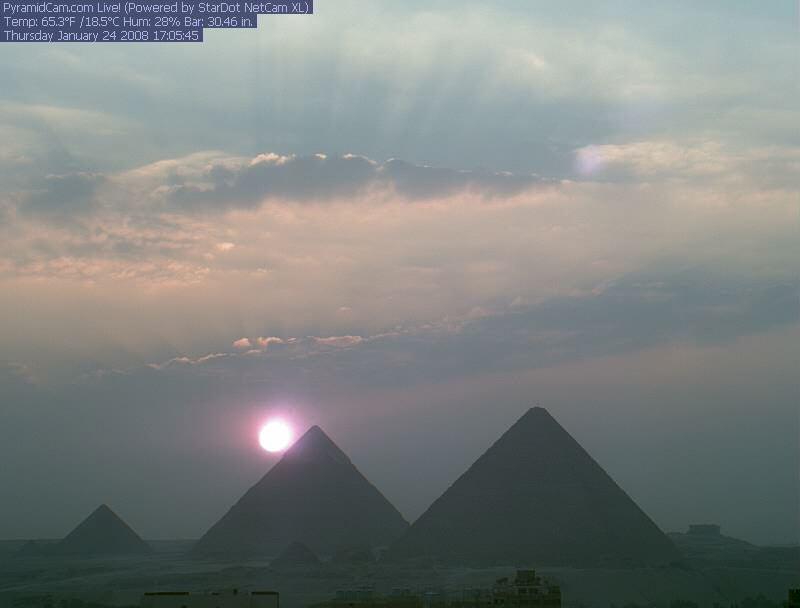 Pyramiid3