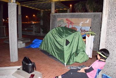 野宿用のテント02