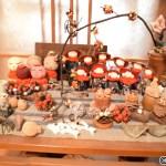 サワモトの一階の喫茶の骨董品
