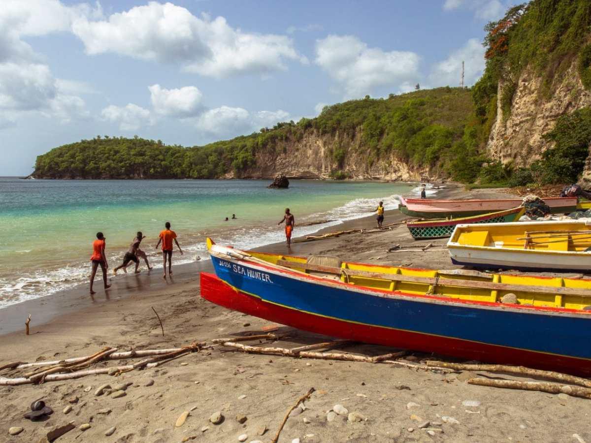 Sainte-Lucie côté village et couleurs  #4