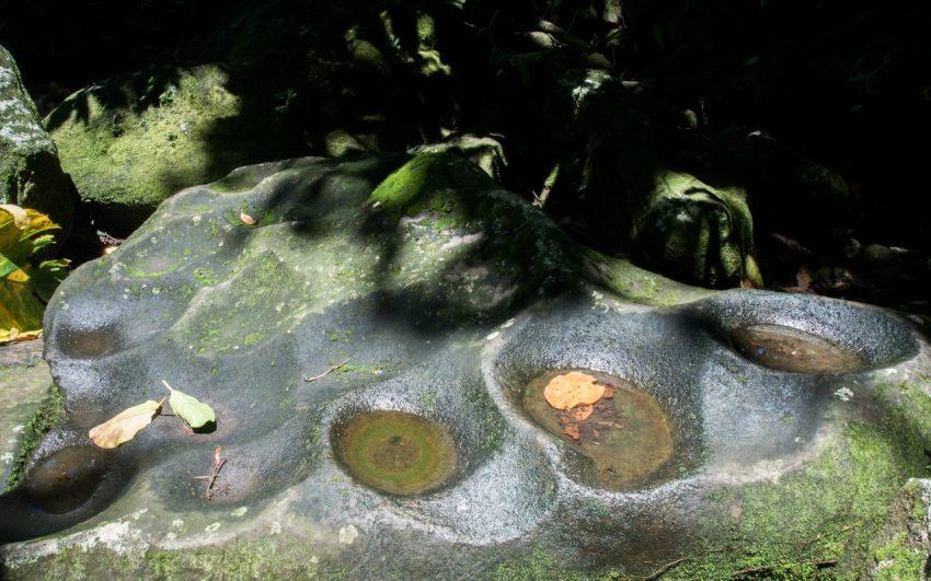 guadeloupe, parc des roches gravées, trois rivières