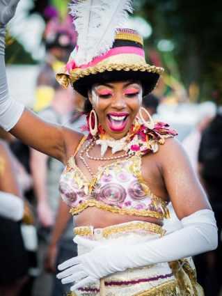 carnaval, guadeloupe, groupes à caisses claires