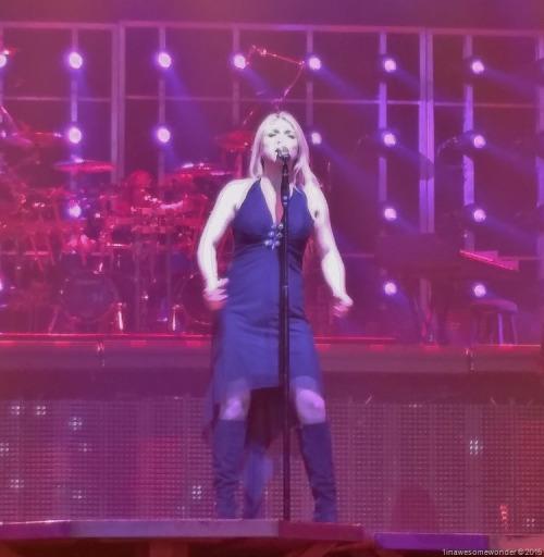 And-Georgia-she-can-sing-too-NH112815.jpg