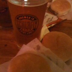 62.  St. Louis Brewery Schlafly – American Pale Ale APA Draft