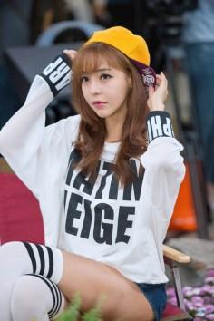 seo-jin-ah-showgirl-kiem-nu-streamer-goi-cam-den-tu-han-quoc 18