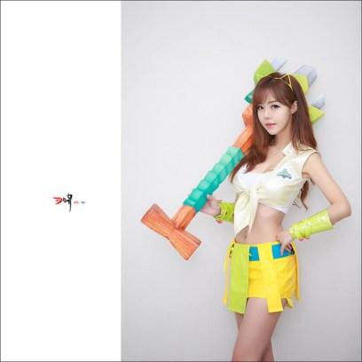 seo-jin-ah-showgirl-kiem-nu-streamer-goi-cam-den-tu-han-quoc 8