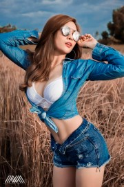 le-ny-sexy-nhe-nhang-voi-bo-anh-jean-girl-cua-max-nguyen (12)