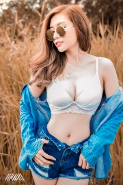 le-ny-sexy-nhe-nhang-voi-bo-anh-jean-girl-cua-max-nguyen (6)