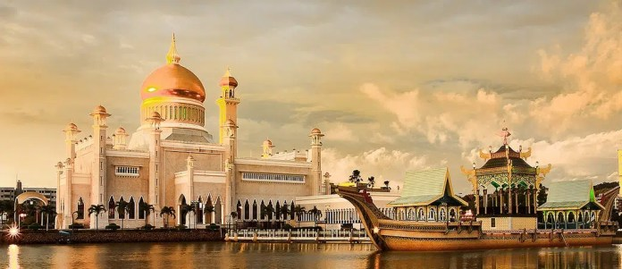 Istan Nurul Eman Palace is the largest house in the world