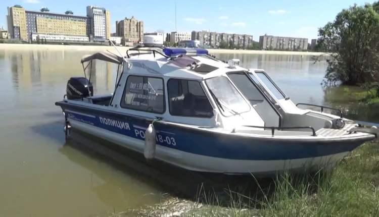 В Омске мужчине не удалось покорить женщину заплывом через Иртыш