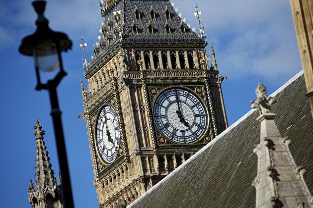 Крыша Вестминстерского дворца в Лондоне, где заседает парламент Великобритании