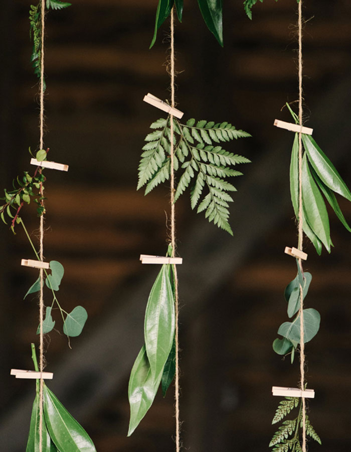 10 Gorgeous Hanging Wedding Floral Arrangements