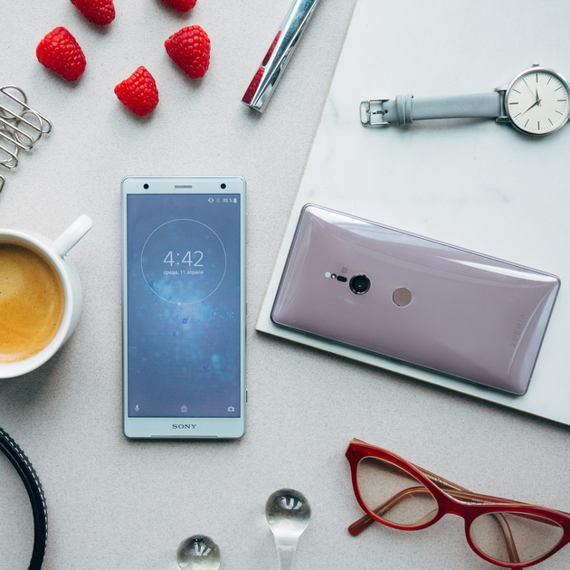 Two new colors Sony Xperia XZ2 and XZ2 Compact, as well as gifts when buying
