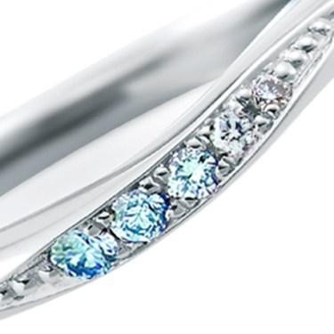【新潟】ブルーダイヤモンドの結婚指輪 グラデーションの美しいクリアな『アイスブルー』
