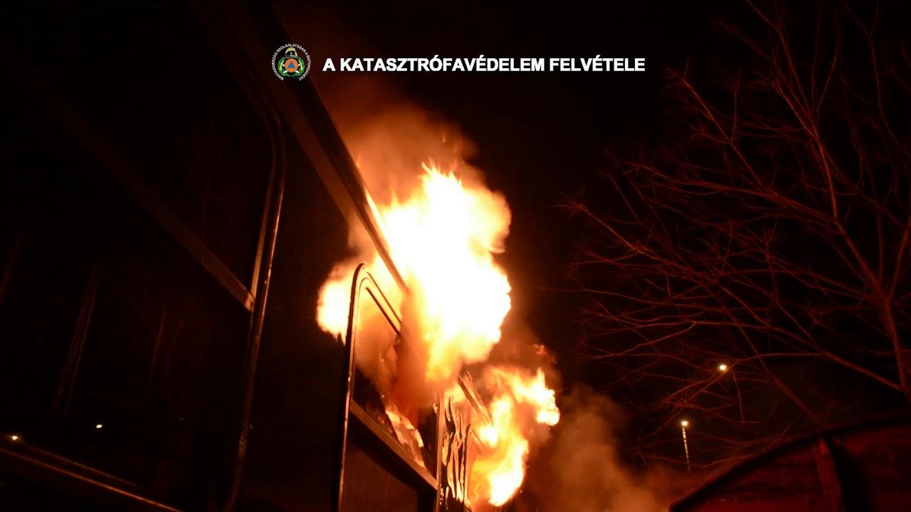 Vasúti kocsi lángolt a Nyugati pályaudvar tárolóvágányán