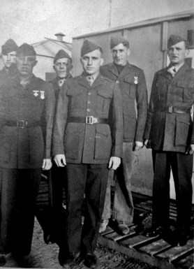 """Part of Able Company's weapons platoon at Camp Lejeune. Howie Haff, George Smith, """"Taxi"""" Wanagaitis, David Spohn, Howard Kerr, and JJ Franey."""