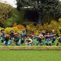 28mm American Civil War artillery crew wearing slouch hats