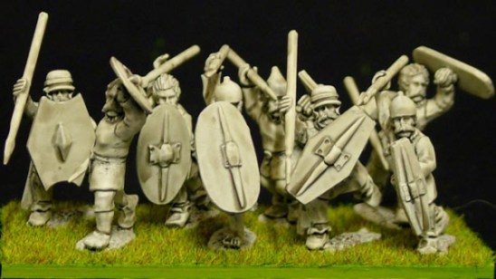28mm celt or gaul Clothed warriors (a)