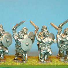28mm hibernian Fianna with sword and Spear