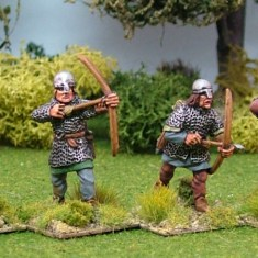 ME49b Archers in mail II Nasal Bar and Skull Caps