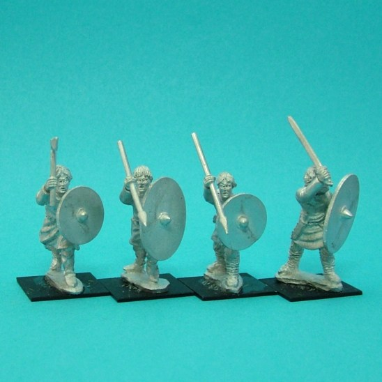 Warriors, unarmoured, attacking, bareheaded, handweapons (4)