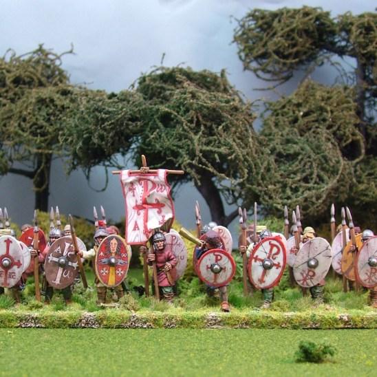 Warriors, unarmoured, standing, caps, spears (4)
