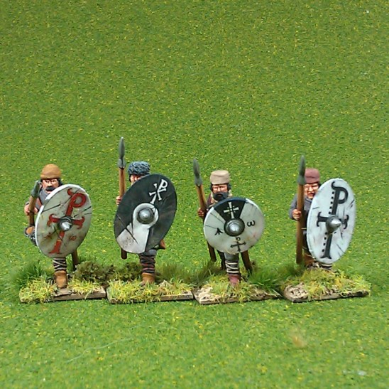 Warriors, unarmoured, advancing, caps, spears (4)