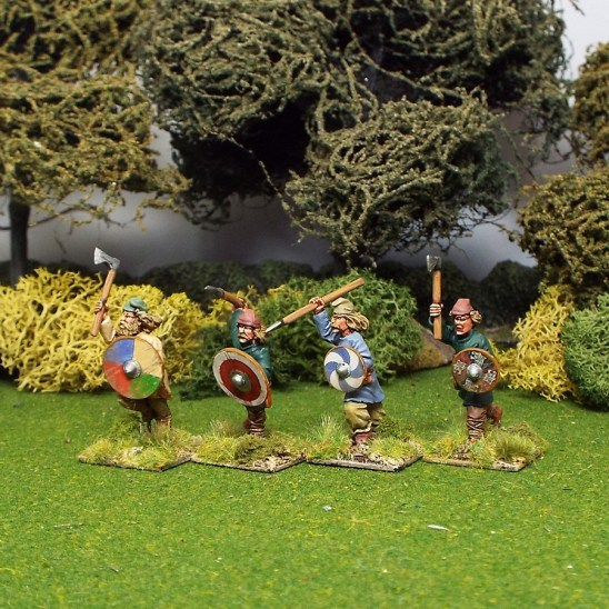 28mm early saxon Geoguth wearing assorted caps,attacking or charging overarm assorted weapons