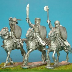 28mm lion rampant feudal medieval mounted sergeants