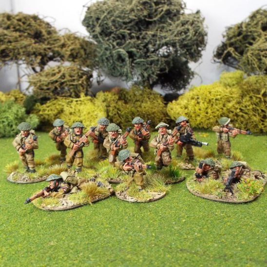 28mm Contains 8 riflemen and a 2 man Bren Gun team. The Bren Gun team will be supplied randomly from 3 varients.