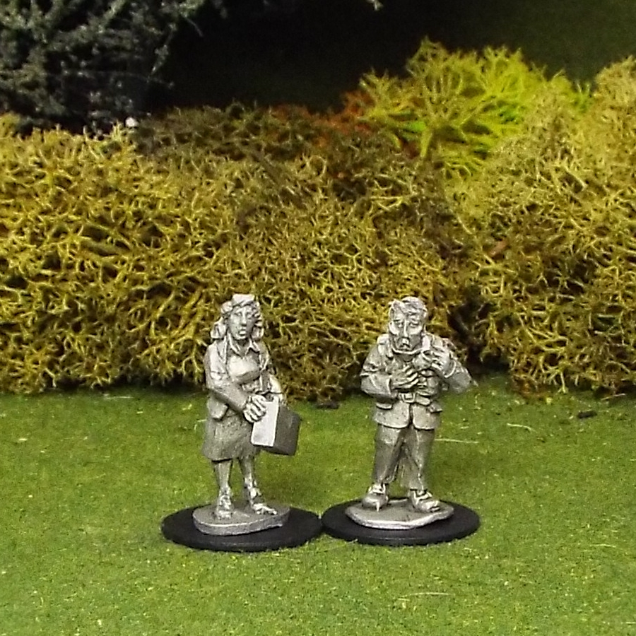 28mm Runaway Couple