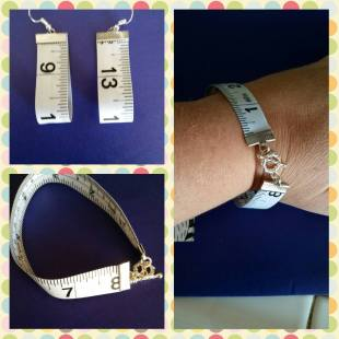 Bracelet and Earrings out of a measuring tape