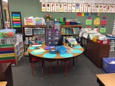 small group table for reading