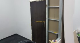 1stMiningRig office door inside